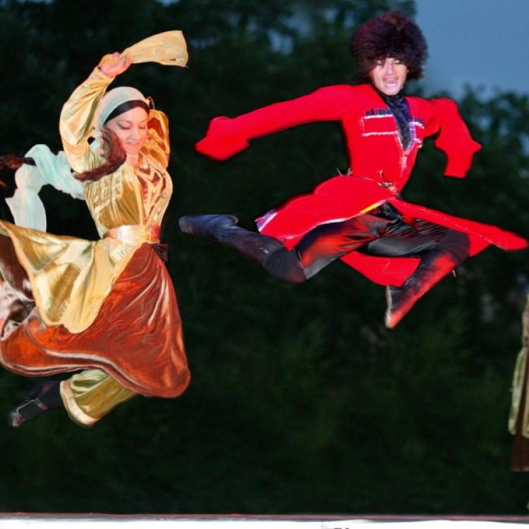 Dance #1551