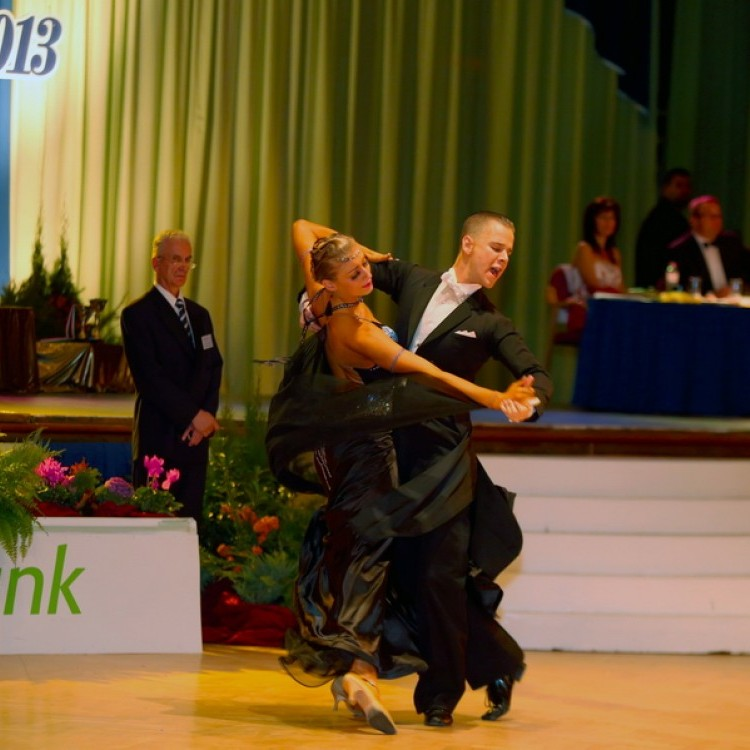 ISIS Dance 2013 #3159