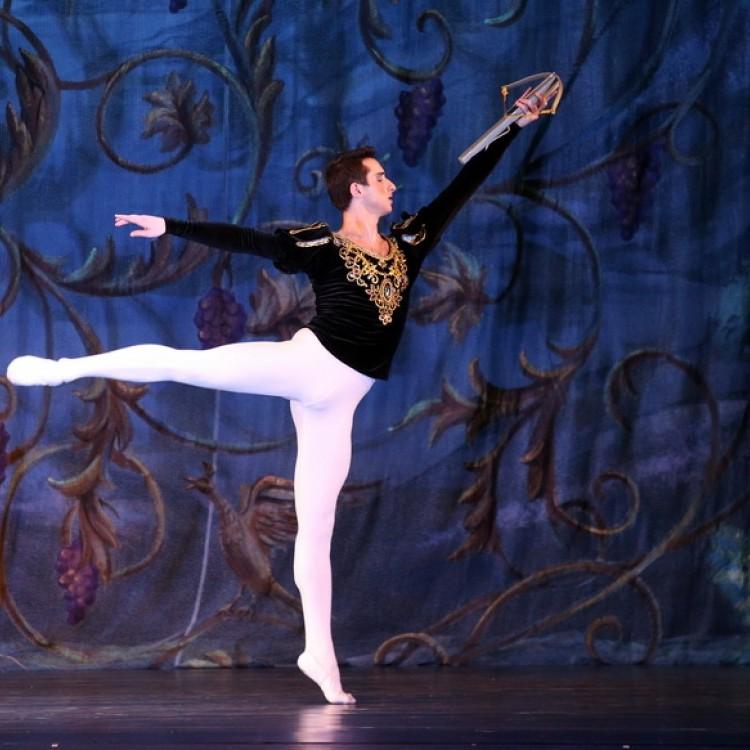 HATTYÚK TAVA  Kijev  City balett #3986