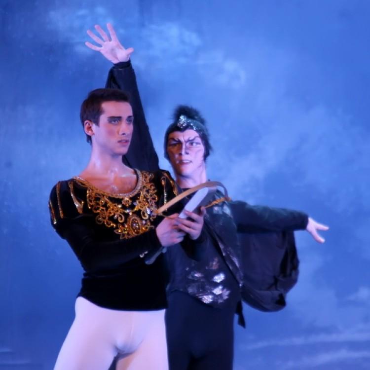 HATTYÚK TAVA  Kijev  City balett #3991