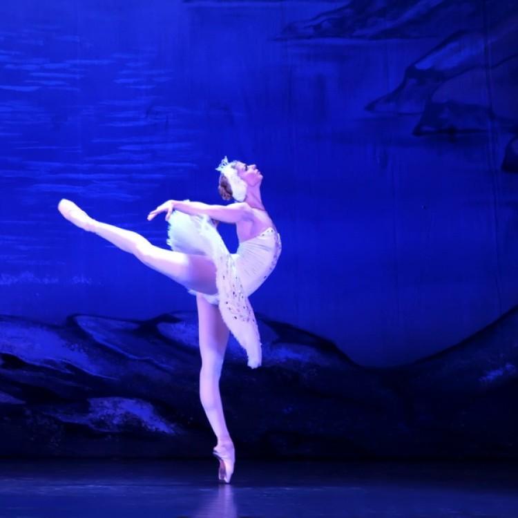 HATTYÚK TAVA  Kijev  City balett #3995