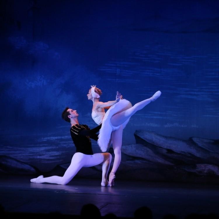 HATTYÚK TAVA  Kijev  City balett #4010