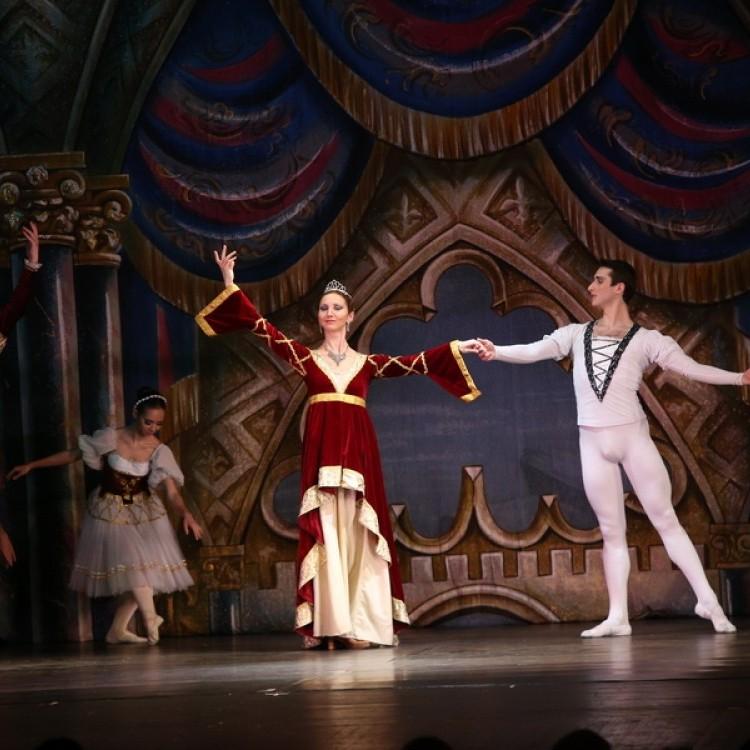 HATTYÚK TAVA  Kijev  City balett #4015