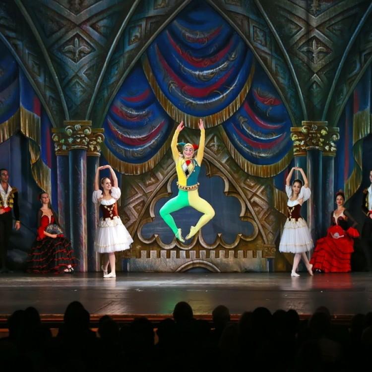 HATTYÚK TAVA  Kijev  City balett #4026