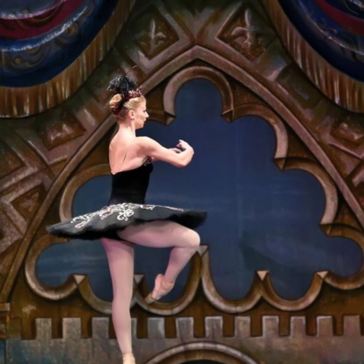 HATTYÚK TAVA  Kijev  City balett #4037