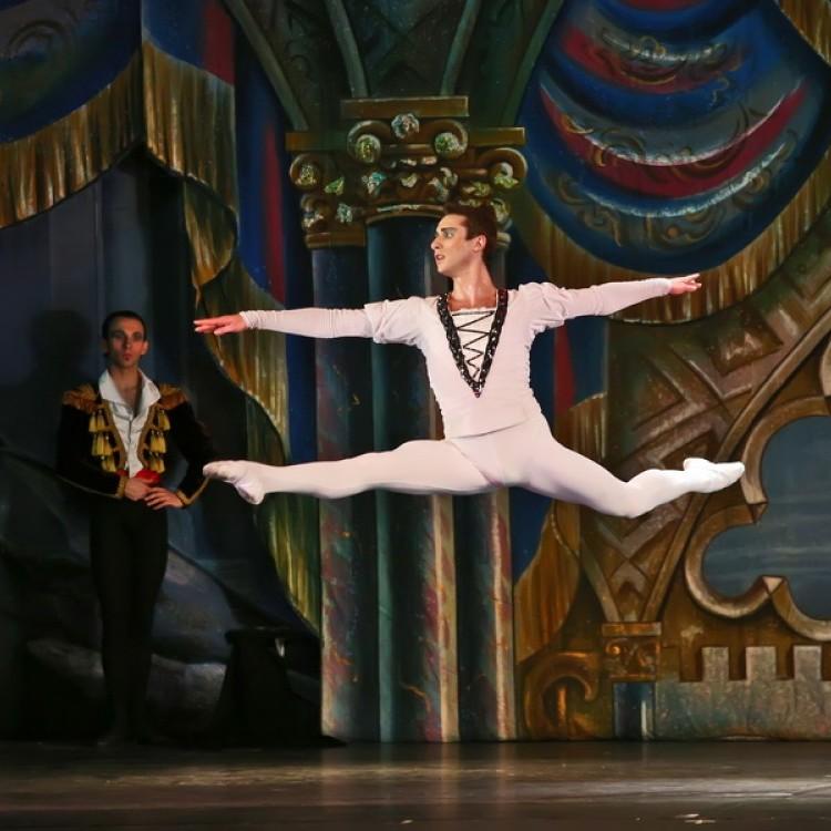 HATTYÚK TAVA  Kijev  City balett #4040