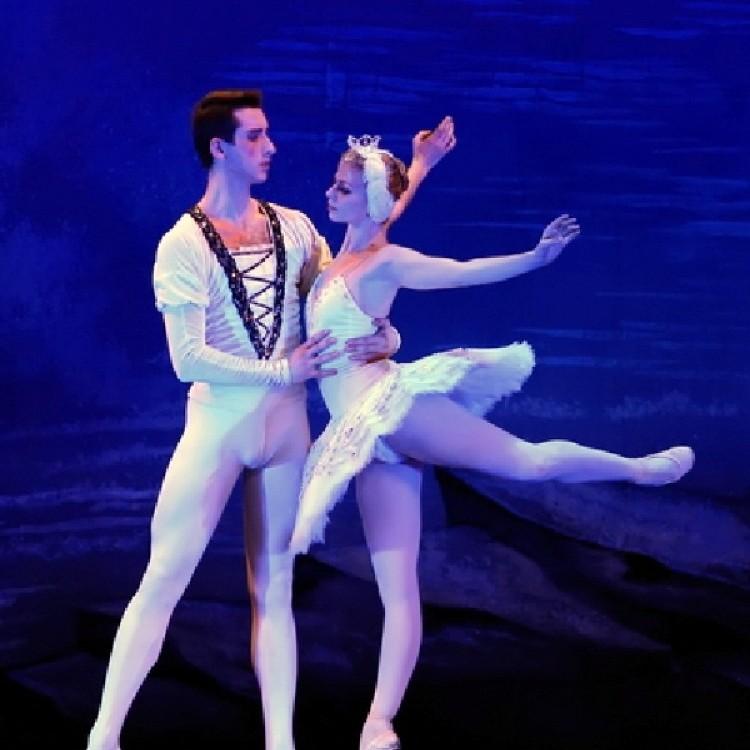 HATTYÚK TAVA  Kijev  City balett #4044