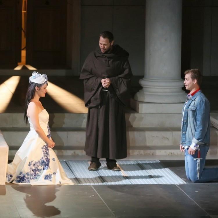 Romeo & Julia , ISEUM #4243